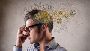 Как качества и свойства личности влияют на саморазвитие человека