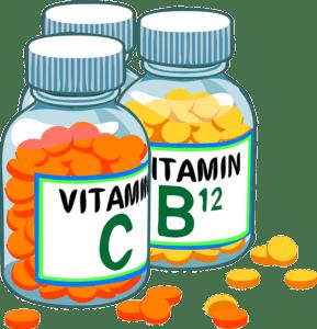 две банки с витаминами