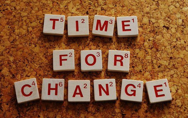 надпись время для перемен
