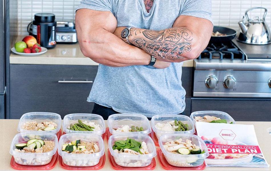 блюда здорового питания на столе