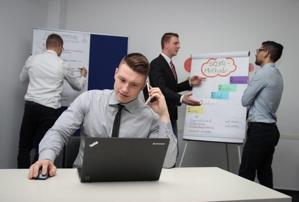 различные направления программ MBA обучения